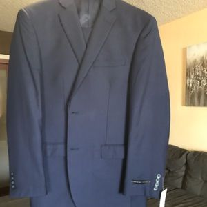 Other - Men's Suit NWT navy